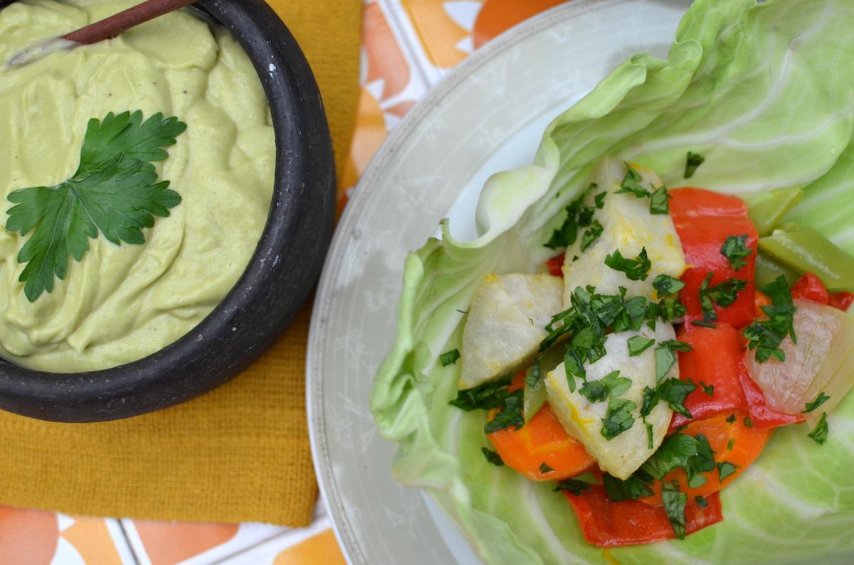 Salada de legumes com maionese caseira