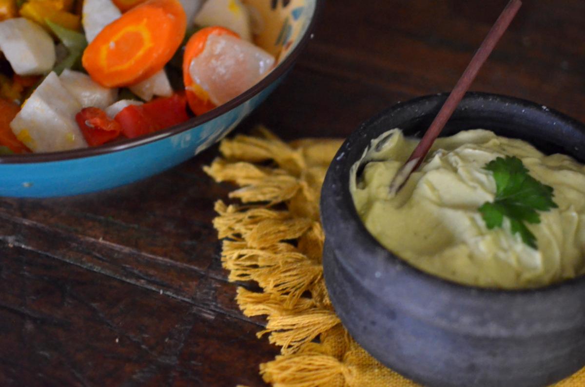 Como fazer maionese de abacate em casa