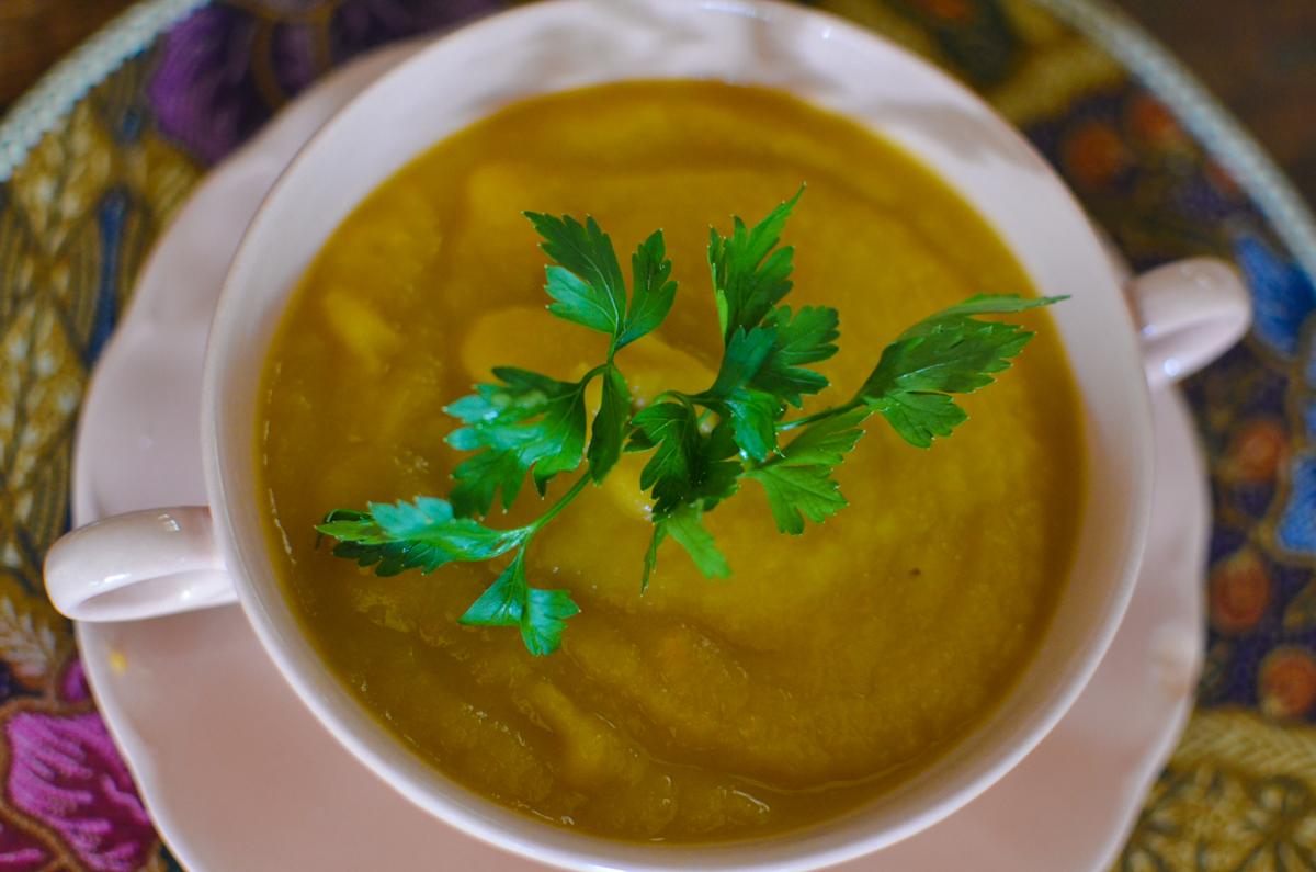 sopa de batata doce com cenoura e gengibre