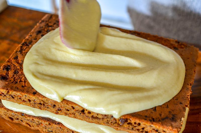 como fazer bolo de cenoura com cream cheese