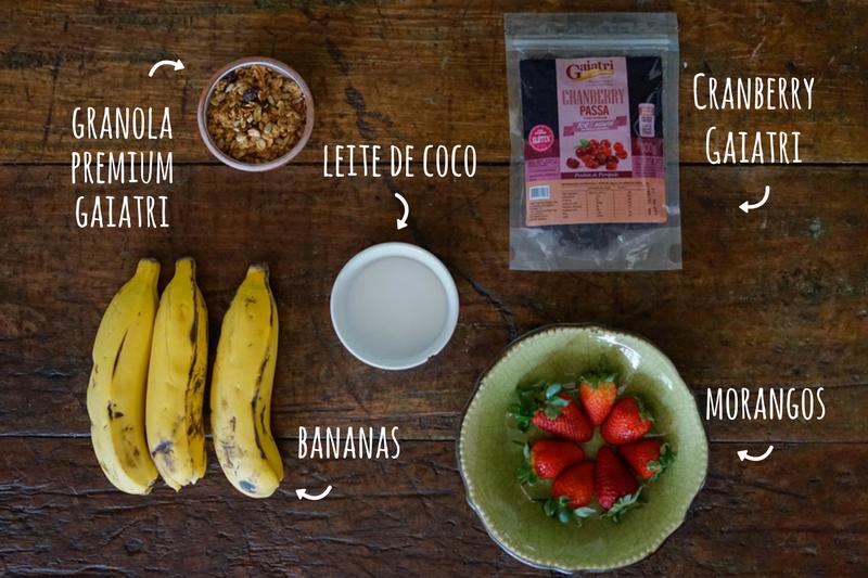 Smoothie de banana e morango ingredientes
